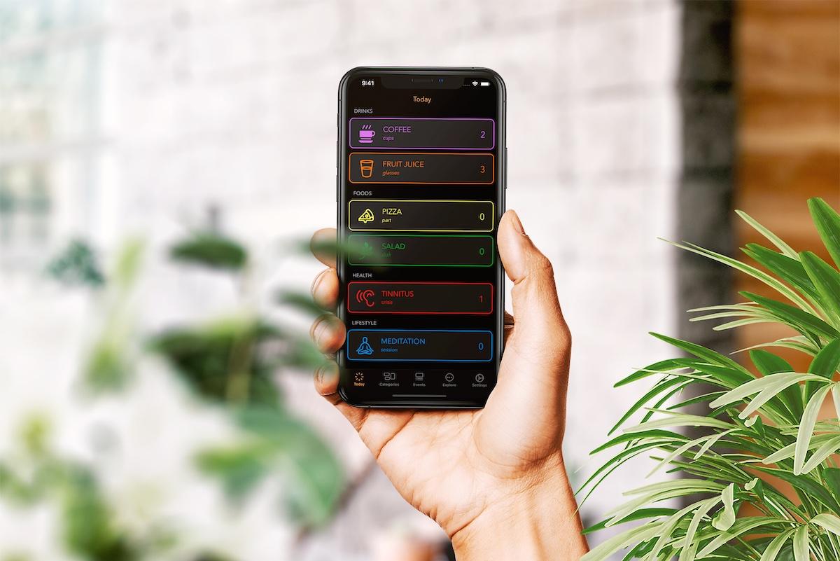 Log A Day iOS app on iPhone